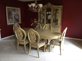 ASHLEY DINING FURNITURE