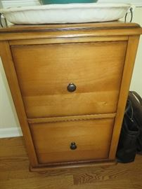 2 DRAWER FILING CABINET POTTERY BARN