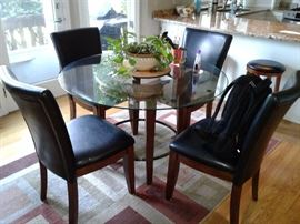 "40"" round table with set of 4 chairs"