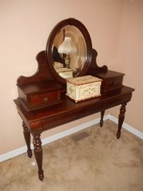vanity with mirror and drawers, jewelry box