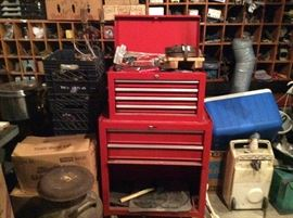 ONE OF 2 TOOL BOXES, THIS ONE IS A CRAFTSMAN