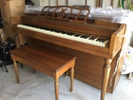 $275   Winter spinet piano