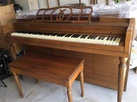 $275  Piano