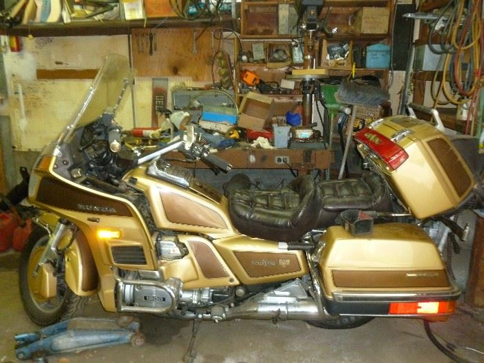 1985 HONDA GOLDWING LIMITED EDITION, 20K miles