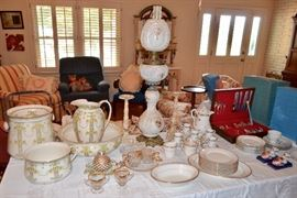 Antique porcelain chamber set - 2 chamber pots, pitcher & wash basin; fine china; Victorian parlor / banquet lamp