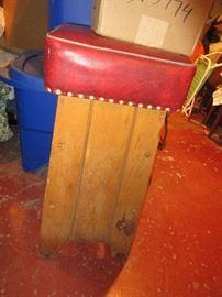 3 oak bar stools