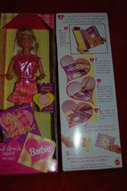 Vintage Barbie ~ Make a Valentine!