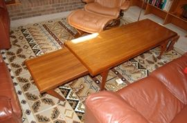 Mid Century Modern Expandable Coffee Table