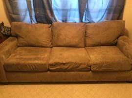 Microfiber pullout queen sofabed
