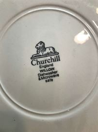 "Blue Willow plate ""Churchill"" England"