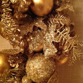 ALL GOLD WREATH: Neiman Marcus.Excellent condition.