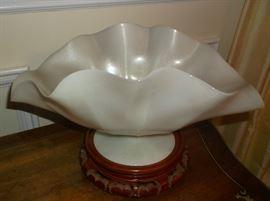 Steuben Ivorine bowl