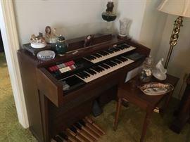 Electric organ