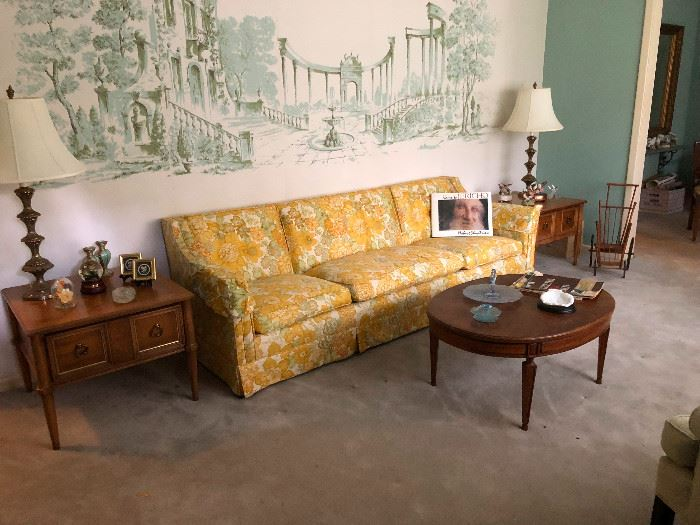 Shabby Chic Vintage Sofa