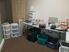 Plastic totes, plastic drawers, placemats, misc kitchen items