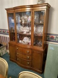 Duncan Phyfe China Hutch
