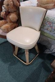 2 Swivel chairs