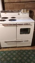 1950's GE Hotpoint Electric Range/double oven with 2 storage drawers