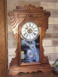 nice antique kitchen mantel clock