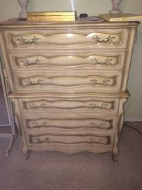 French provincial chest of drawers (part of suite)