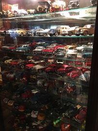 Approximately 100 Franklin Mint Model Cars
