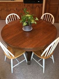 Lovely Kitchen Table on Castors & 4 Chairs
