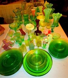 Uranium green glass