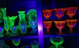 Uranium red glass --rare