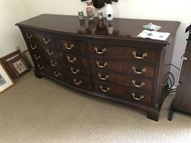 Dresser $ 300.00