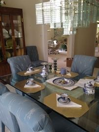 Russian Gzhel blue & white tea set (North of Moscow, producers create some of the world's finest china - Gzhel porcelain. It is more than just fine china; it is an embodiment of the Russian artistic spirit.)