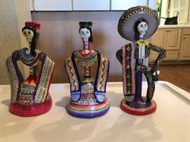 Mexican folk art (a few pieces)
