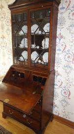 Antique desk w/hutch