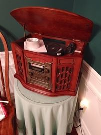 Reproduction antique radio