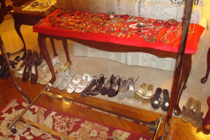 More jewelry and shoes.