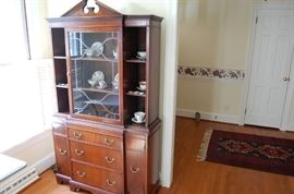 Petite China Cabinet & Cups & Suacers