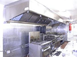 """Exhaust hood 22 foot    ( 2 piece...1 12' and  1 10', includes  stainless  wall  back  panels,  fire code explosion proof lighting,  fire suppression  system and roof mount """"upblast"""" unit.. (760) 445-8571   (760) 975-5483  ******$2500******* YOU REMOVE !!! Call Now!"""