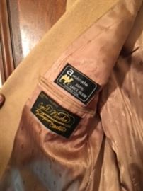 All Cyril Pinders clothing was CUSTOM MADE! Please notice the Custom Label in the photo. Size 42-46 CLOSETS LOADED WITH THE BEST MENS 60's-70's BUSINESS ATTIRE, ATHLETIC, CUSTOM SHIRTS, SHOES, VINTAGE SHOES...