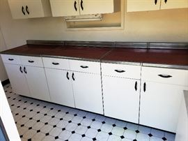 Original vintage 1947 metal kitchen floor and wall cabinets and counter.  ALL FOR SALE !