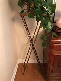 Nice metal plant stand