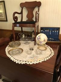 Dining Table with 2 leaves, six chairs, Cake plate, Some Heisey Glass