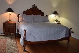 Vintage King Size Bed, 2 Side Tables, & Lamps