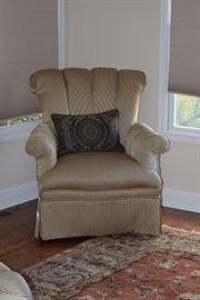 Accent Chair & Decorative Pillow