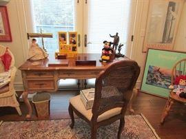 Beautiful Pulaski Desk and  a Henredon chair