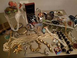Nice selection of vintage jewelry and nice costume including Trifari, Givenchy, Henri Bendel, Bernard Passman, Paron, Benedikt Cora, Robert just to name a few