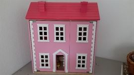 Doll house with furnishings