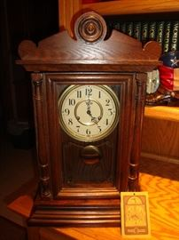 Vintage Trend Mantel Clock~Wind Up Chime