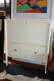 """WIlliam Sonoma """"Lacourte Upright Desk"""""""