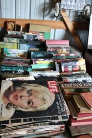 Lots of vintage Magazines