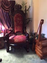 King style oversized chair