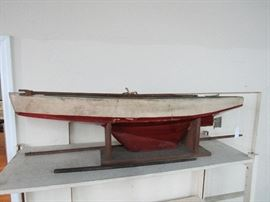 "Old Pond Boat,48.50"" Lenght"
